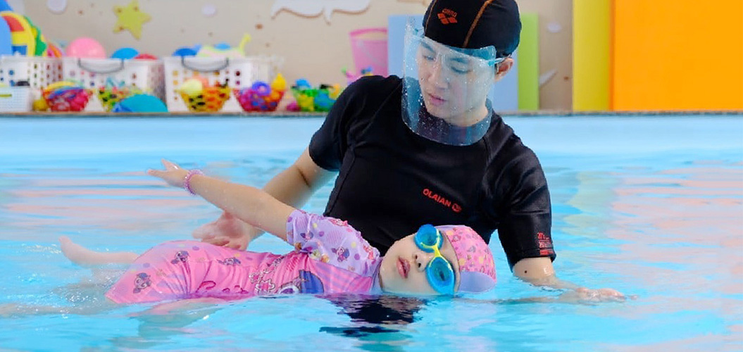 Swimming Kids Thailand - What We Give? Breath control & submerging skills Muscle development Floating skill Safety skills Proper swimming skills
