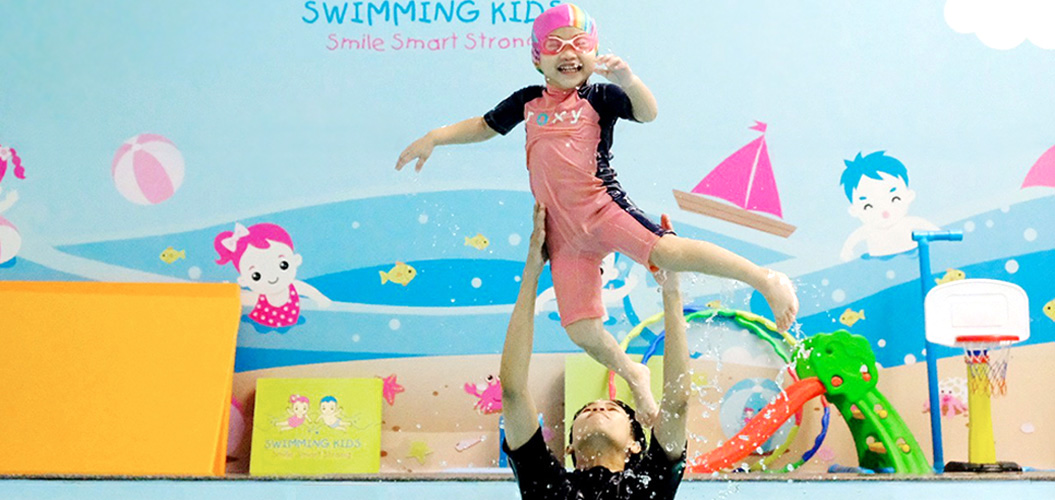 Swimming Kids Thailand - What You Get? Positive attitude to water Focus, confident & not afraid of stranger Appetite, deeper sleep & effective growth hormone Lifetime swimming skill Family bonding